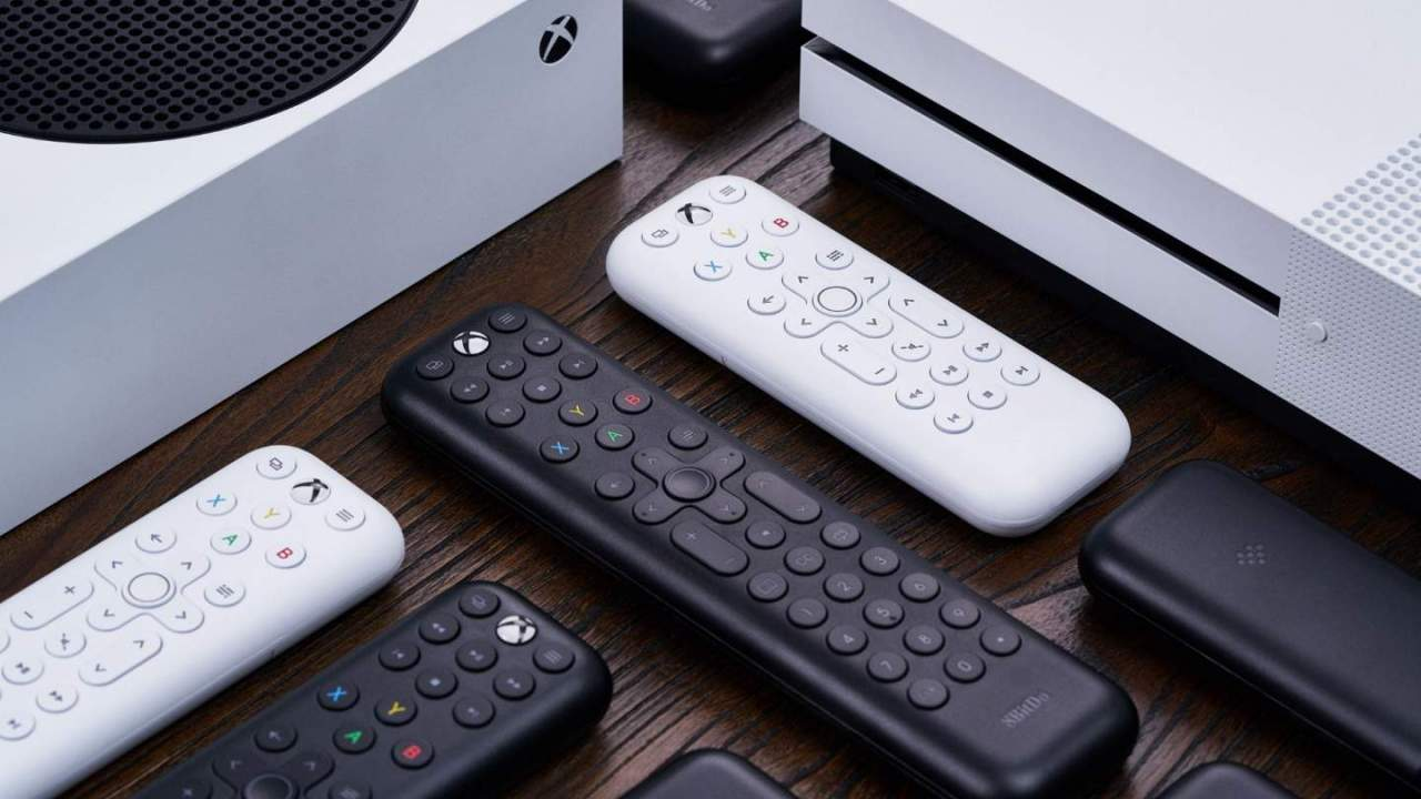 8bitdo moves beyond controllers with Xbox Media Remote