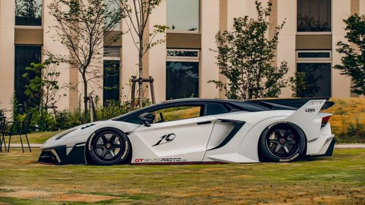 Lamborghini Aventador with Liberty Walk GT EVO body kit is limited to 20 examples