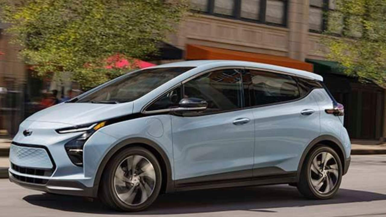 Investigation points to factory robot as a potential reason for Chevy Bolt fires
