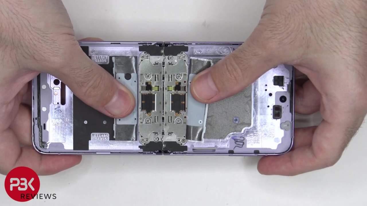 Galaxy Z Flip 3 teardown shows plenty of graphite pads