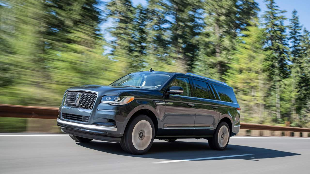 2022 Lincoln Navigator gets improved style and new technology