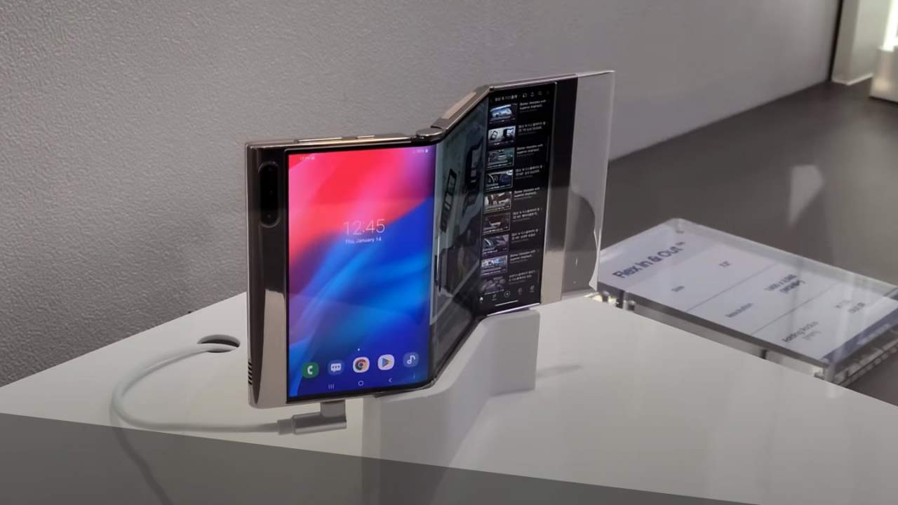 """See Samsung's wacky """"Multifolding"""" and flexible displays in action"""
