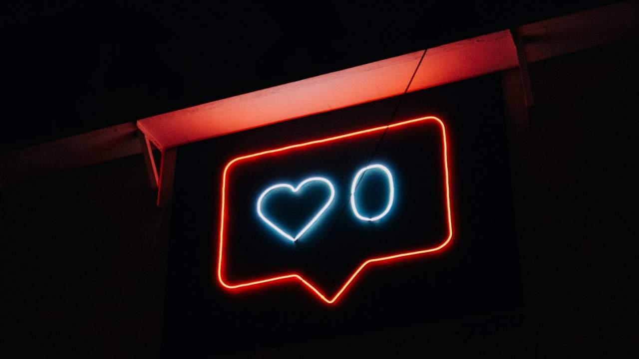 Study warns social media bans drive users to more extreme platforms