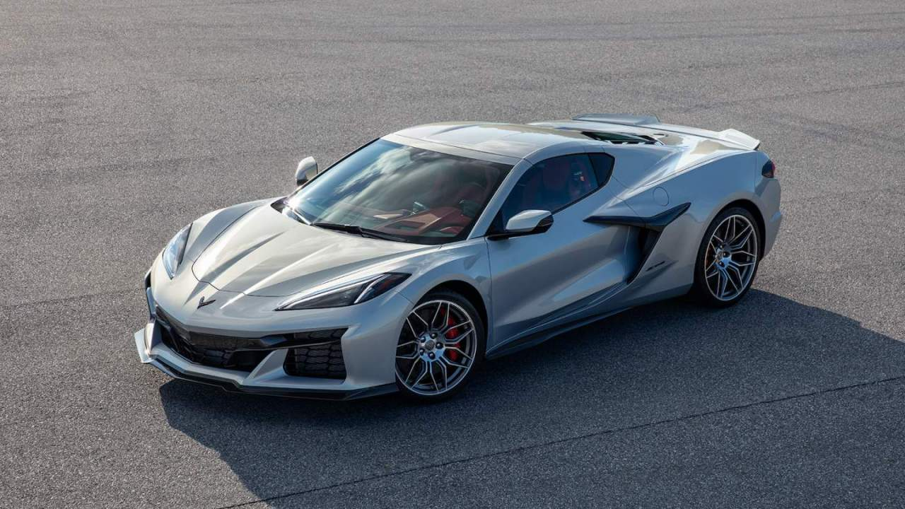 2023 Corvette Z06 revealed as Chevrolet cranks anticipation