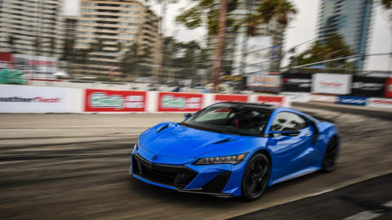2022 Acura NSX Type S breaks the production car lap record at Long Beach