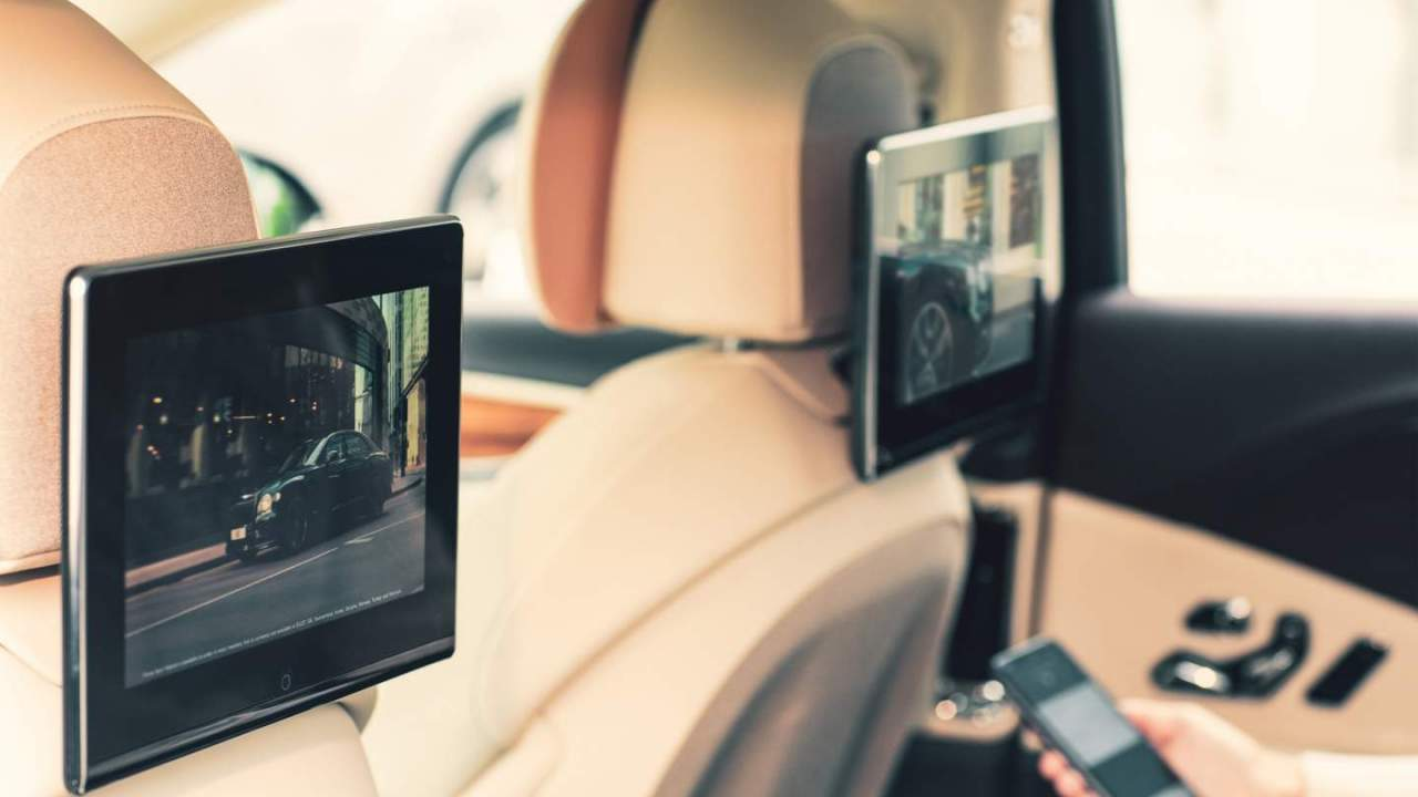 Bentley Rear Seat Entertainment has two rear touchscreens and nifty connectivity features