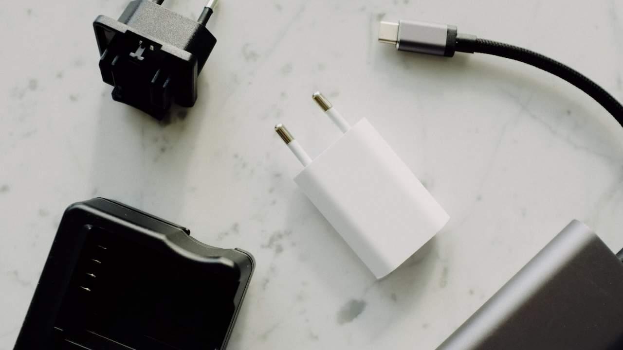 EU proposes USB-C charging standard and Apple isn't happy
