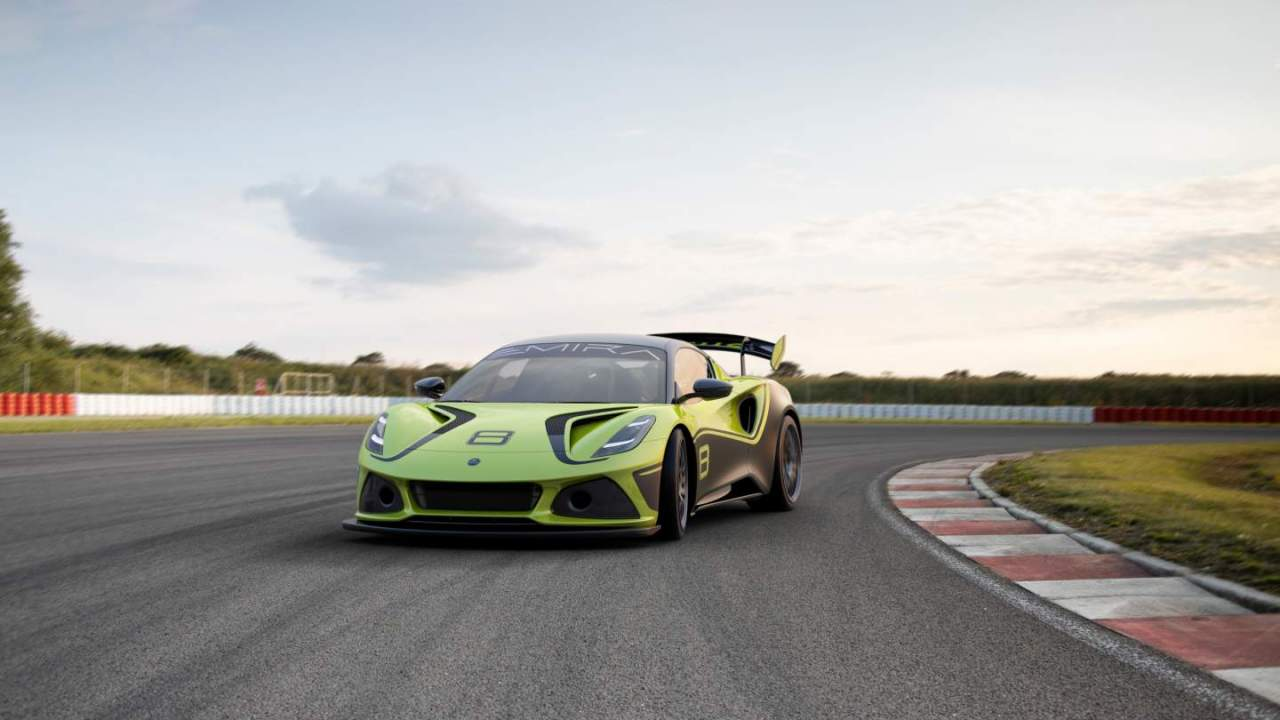Lotus Emira GT4 has a 400HP supercharged V6 engine and a large wing