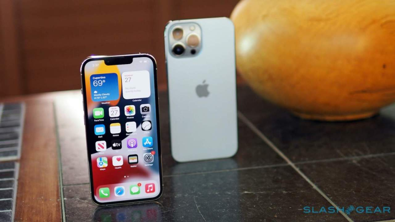 iPhone 14 clues from China: More supply, lower prices, fewer models