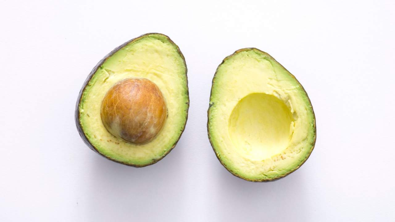 Eating avocado has a surprising effect on belly fat, but only in women