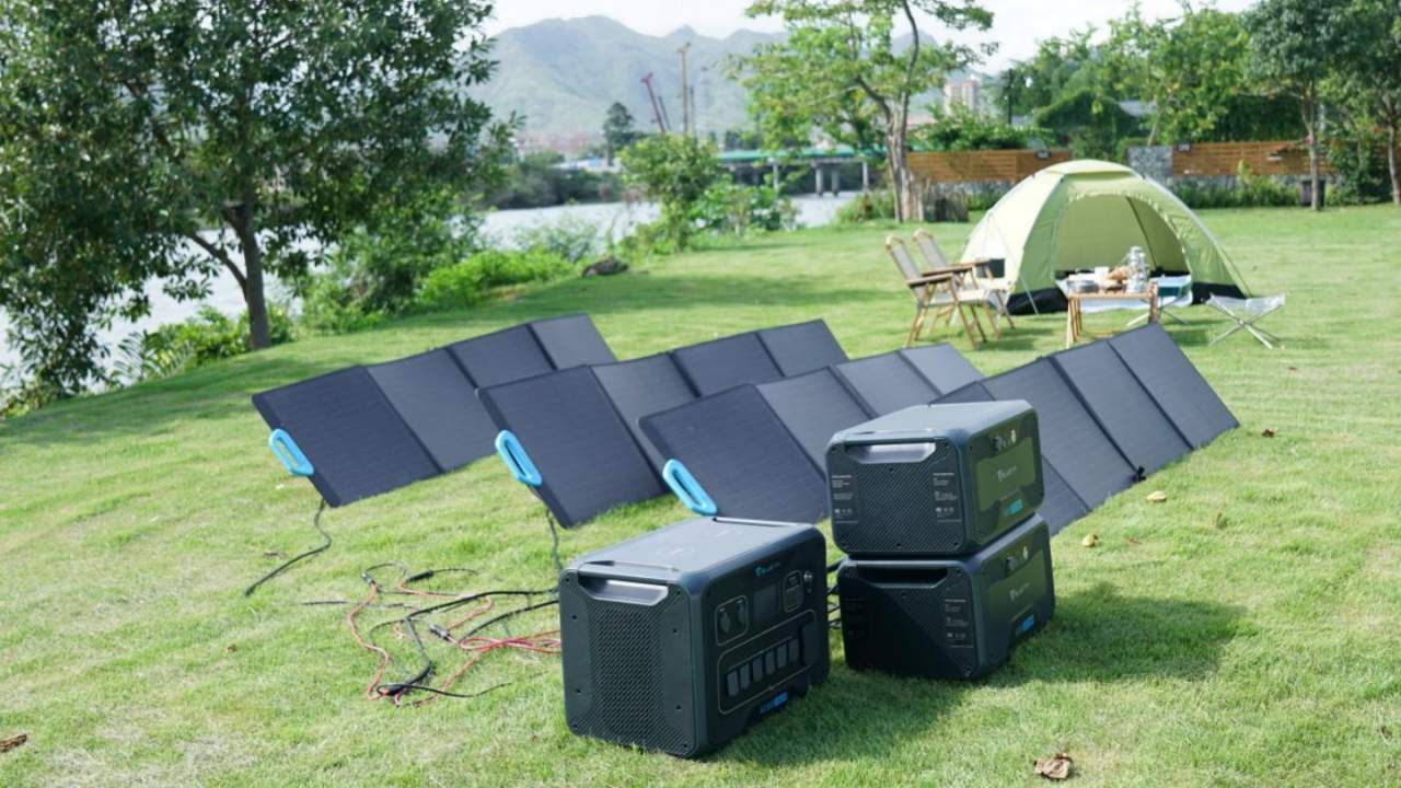 Bluetti PV200 and PV120 Solar Panels put the Green in portable power