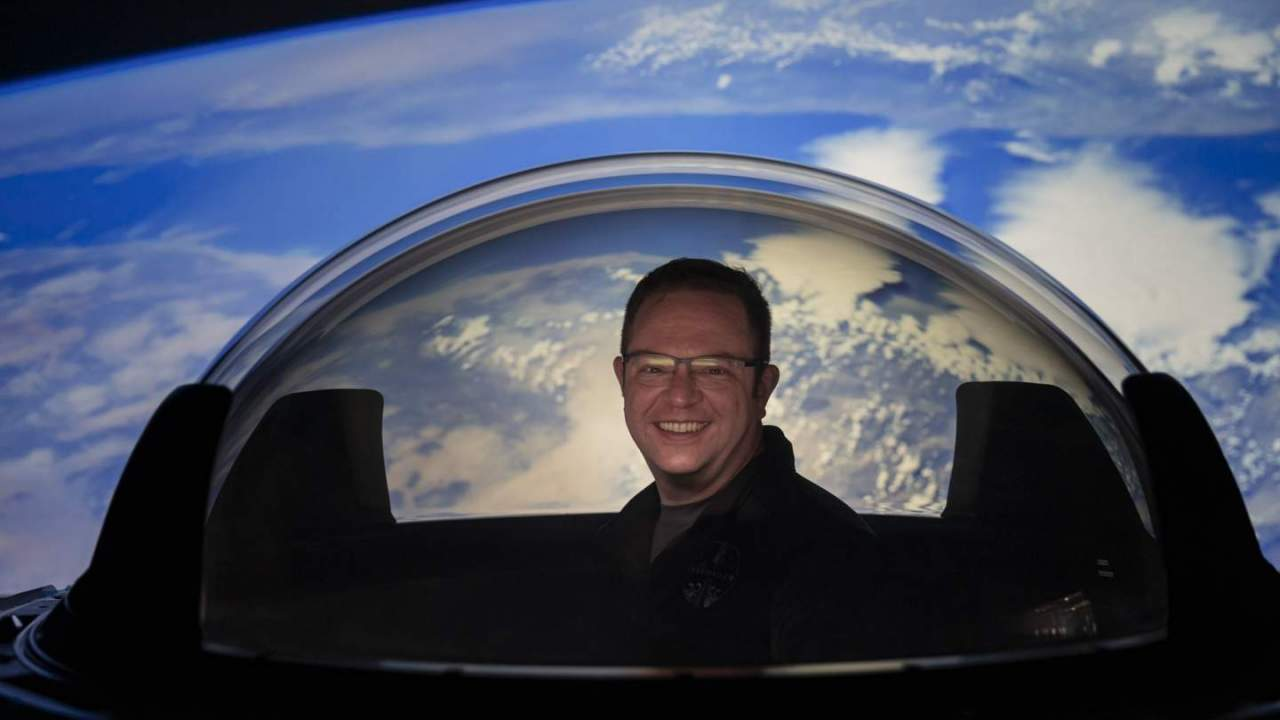 SpaceX's Dragon Cupola window dome looks utterly mind-blowing