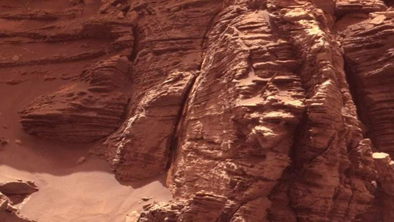 Martian buttes could help protect astronauts from harmful radiation