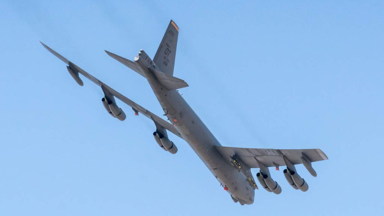 USAF taps Rolls-Royce to build new engines for classic B-52 bomber