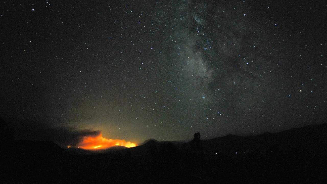 California wildfires threaten SETI radio telescope array