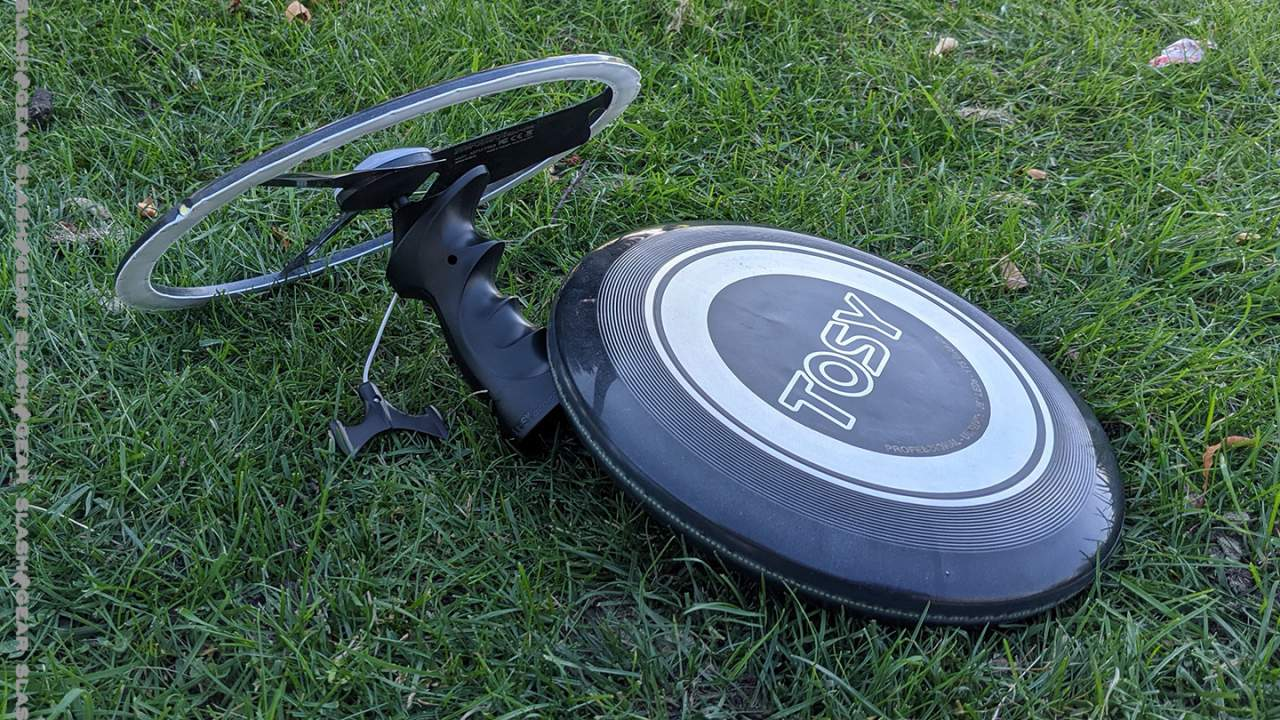 TOSY Flying Duo Review : Like a TRON Light Disc, but real