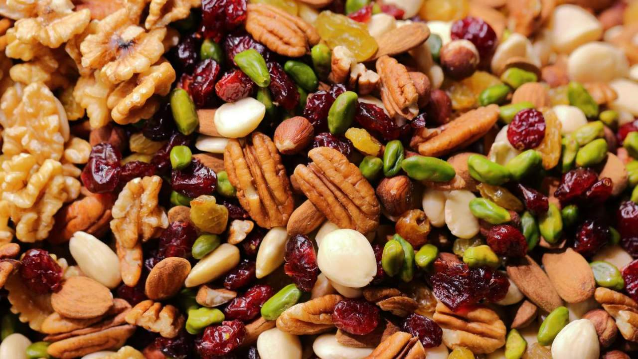 Trail mix and nuts sold by multiple brands recalled over glass risk