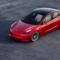 Tesla pulled the latest FSD Beta from owners' cars today