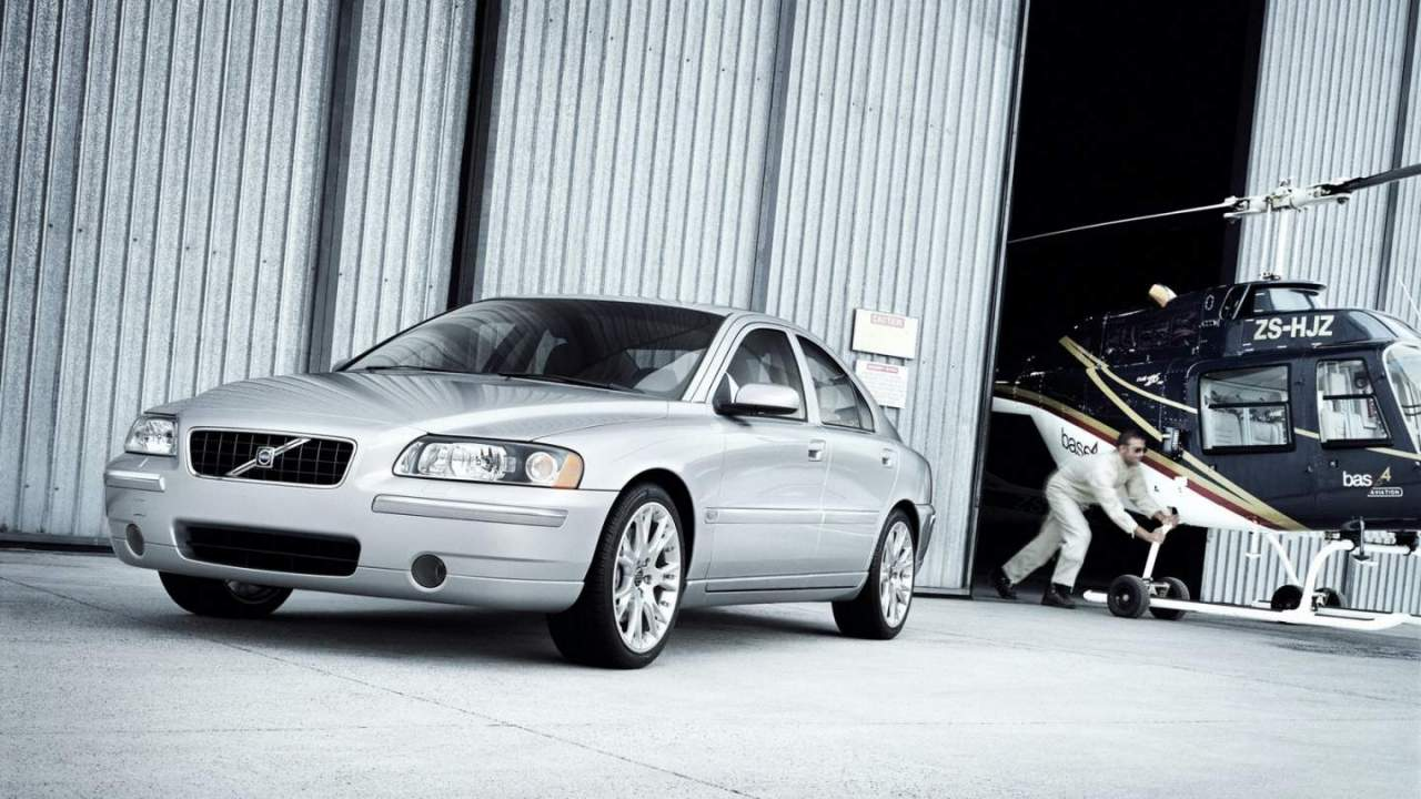 Volvo recalls over 460,000 cars after airbag explosion blamed for death