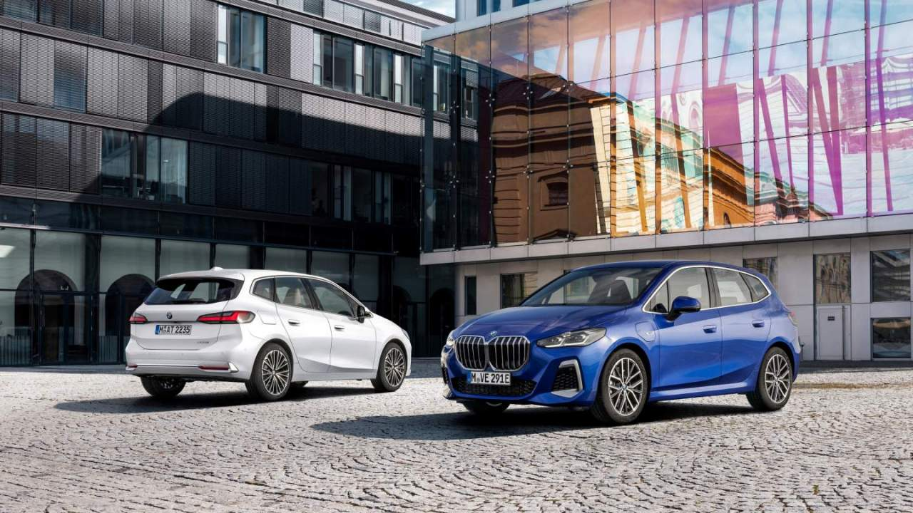 2022 BMW 2 Series Active Tourer debuts with updated features and a PHEV powertrain