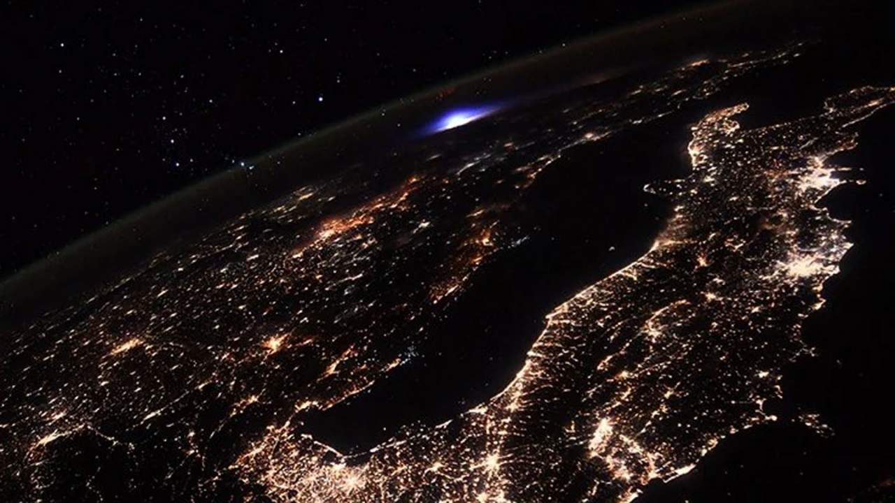 Astronaut shares images of mysterious luminous event from the ISS