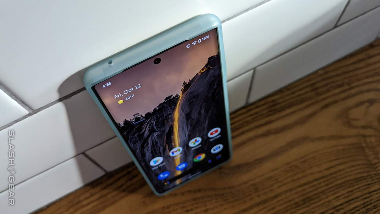 Android 12L on Pixel devices: Let the mess commence!