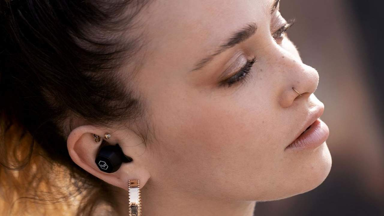 V-Moda Hexamove Pro and Lite earbuds revealed