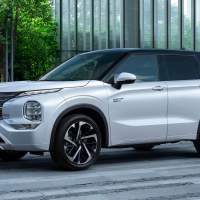 Mitsubishi Outlander PHEV combines efficiency and all-wheel drive