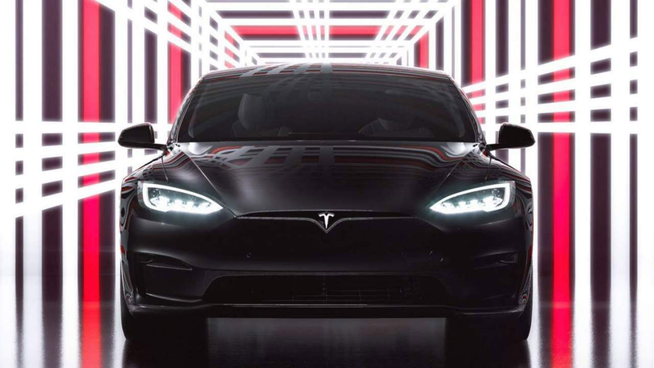 Tesla cranks up starting prices for its popular EVs again