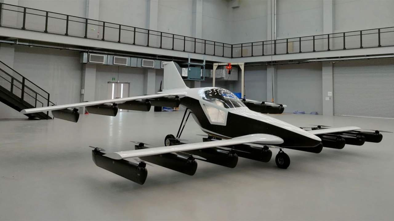 Tetra Mk-5 single-seat eVTOL is conducting test flights in California