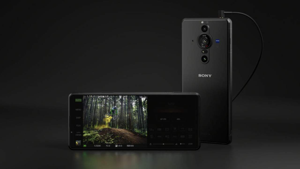 Xperia PRO-I and Vlog Monitor put the focus on videographers